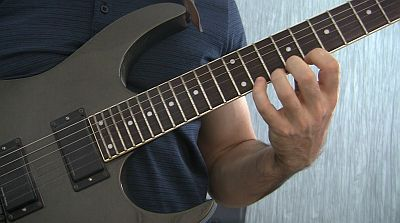 fretting hand mistakes for guitar